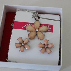 Ardene Flower Jewelry Set